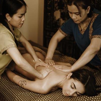 Арома массаж «Ориент» в 4 руки