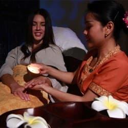 Orient Spa Одесса - Массаж рук с воском арома свечи